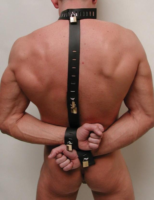 Locking Leather Neck-Wrist